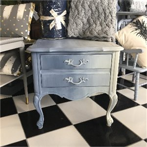 Ombre Blues Table